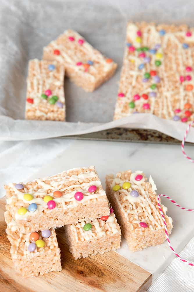 Marshmallow Rice Bubble Slice LR