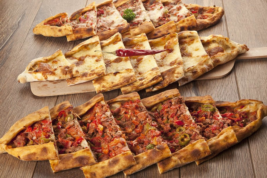 Image of three Turkish Pide with alternate filllings