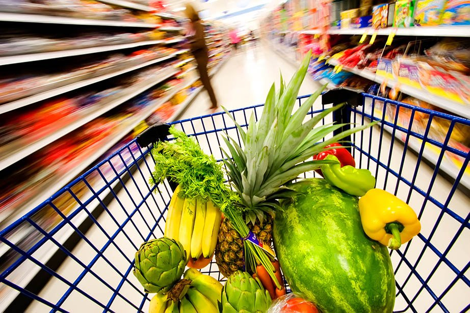 Image of a trolley in a supermarket save money