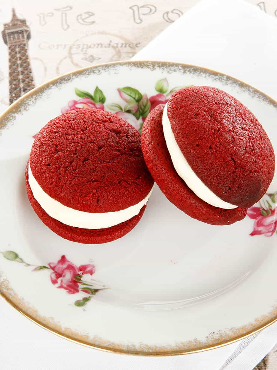 Red Velvet Cake Whoopie Pies – A Thermomix recipe