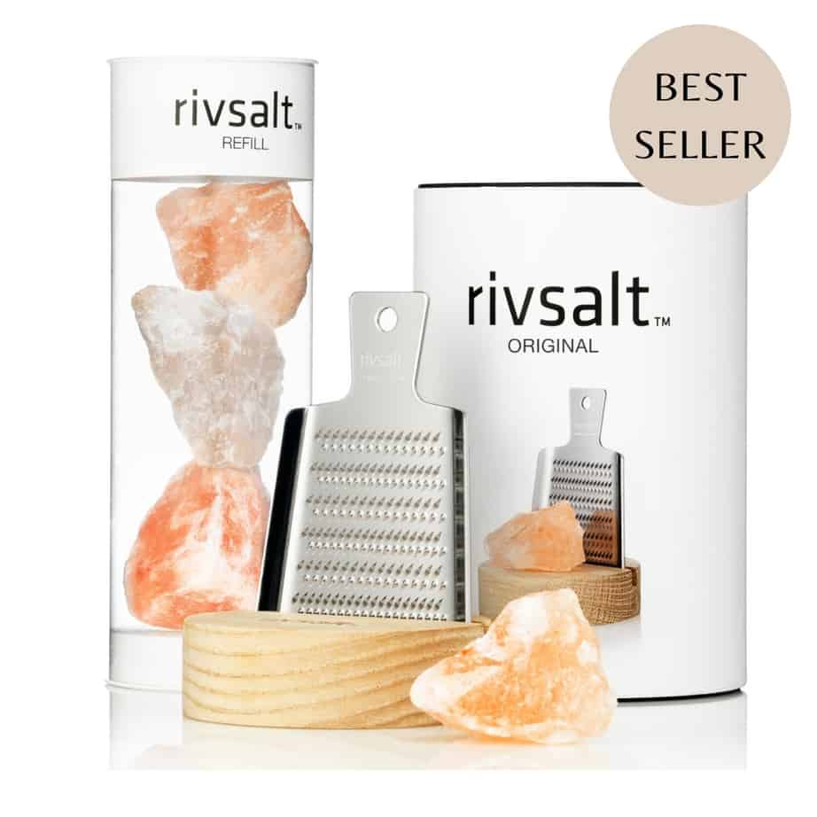 Rivsalt Grater with pink Himalayan salt, grater and board